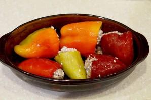 Фаршированные перцы в томатном соусе - фото шаг 4