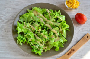 Салат с гренками - фото шаг 8