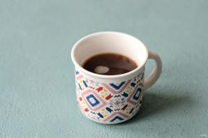 Кофе с арахисовой пастой - фото шаг 3