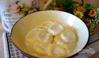 Вареные сырники из творога - фото шаг 5