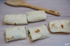 Лаваш с начинкой, запеченный в духовке - фото шаг 5