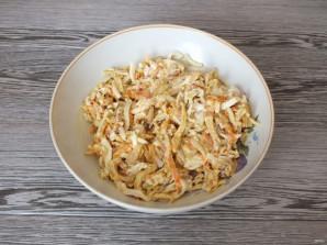 Салат с кальмарами и блинами - фото шаг 10