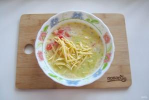 Омлет с сыром и кабачком - фото шаг 9