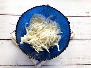 Салат с индейкой и пекинской капустой - фото шаг 2