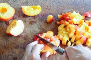 Салат с персиками и овощами - фото шаг 2