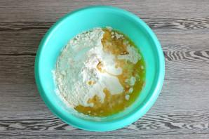 Рогалики с сыром из дрожжевого теста - фото шаг 5