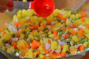 Салат из варёной свеклы - фото шаг 7