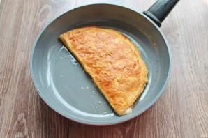 Бризоль с сосиской и сыром - фото шаг 9