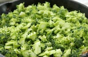 Запеканка с брокколи, и сыром, и грибами - фото шаг 4