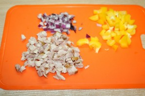 Рисовый салат на Новый год Свиньи - фото шаг 3