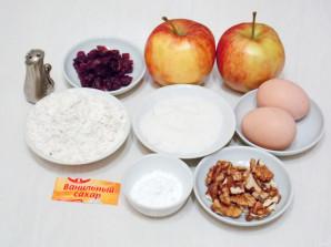 Быстрый яблочный рулет с брусникой - фото шаг 1