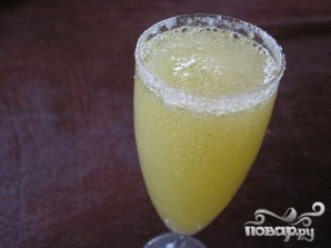 "Коктейль ""Лимончелло с шампанским"" - фото шаг 5"