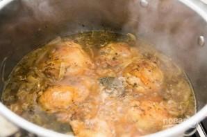Курица с луком в пиве - фото шаг 6
