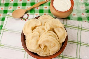 Тесто на вареники с картошкой - фото шаг 4