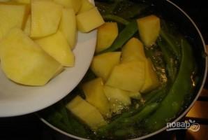 Зеленая фасоль с картофелем - фото шаг 2