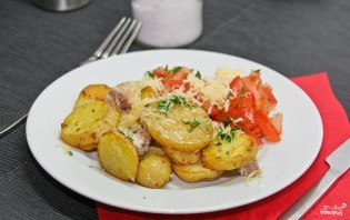 Слоеная картошка со свининой - фото шаг 9