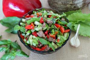 Салат с говядиной, болгарским перцем и огурцом - фото шаг 7