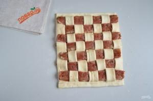"""Мясо в тесте """"Шахматная доска"""" - фото шаг 9"""