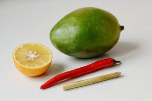Острый соус из манго - фото шаг 1