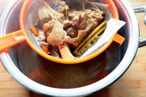 Суп по-крестьянски с белой фасолью - фото шаг 3