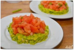 Салат с тунцом и авокадо - фото шаг 5