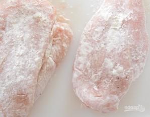 Курица с пикантным грибным соусом - фото шаг 1