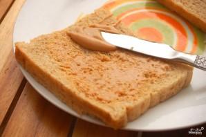 Бутерброд с арахисовым маслом - фото шаг 1
