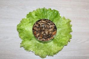 Салат с курицей, черносливом и ананасом - фото шаг 9