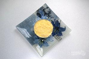 Слоеный салат с селедкой - фото шаг 11