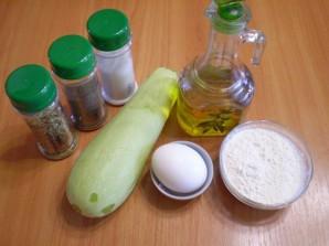 Жареные кабачки в яйце и муке - фото шаг 1