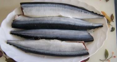 Рыбные консервы в скороварке - фото шаг 1