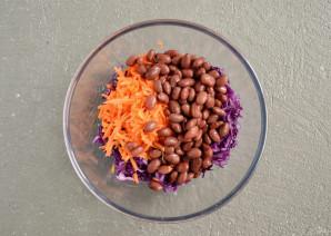 Салат с красной капустой и красной фасолью - фото шаг 4