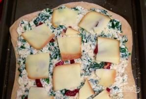 Тонкая пицца со шпинатом и сыром - фото шаг 7