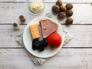 Салат с ветчиной и грецкими орехами - фото шаг 1