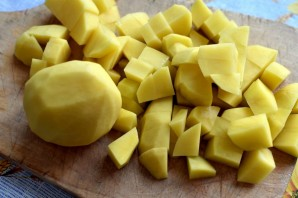Пряный картофельный суп с орехами - фото шаг 2