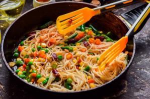 Рисовая лапша с овощами по-китайски - фото шаг 5
