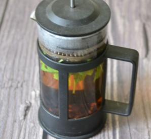 Чай из листьев черной смородины - фото шаг 3