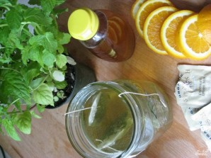 Зеленый чай с мятой - фото шаг 2