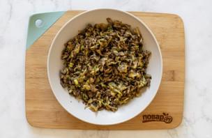 Китайские пельмени с капустой и грибами
