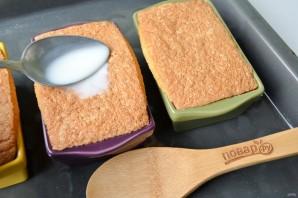 Манник с бруснично-медовым соусом - фото шаг 10