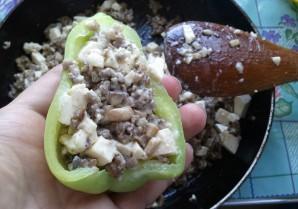 Перец, фаршированный грибами и сыром - фото шаг 2