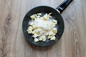Блинчики с яблоком и брусникой - фото шаг 9