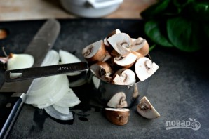 Фриттата из шпината и грибов - фото шаг 2
