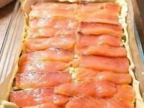 Закусочный пирог с рыбой - фото шаг 4
