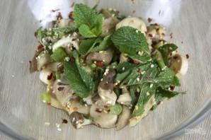 Салат с грибами - фото шаг 3