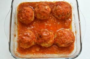 Индюшиные тефтели с рисом и перцем в томатном соусе - фото шаг 9