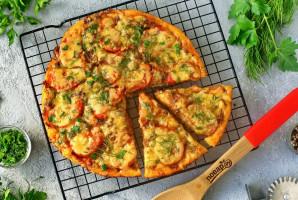 Пицца с тушенкой - фото шаг 10