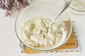 Тесто на манты без яиц - фото шаг 4