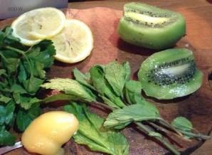 Жиросжигающий зеленый коктейль - фото шаг 2