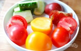 Салат из авокадо с помидорами - фото шаг 3